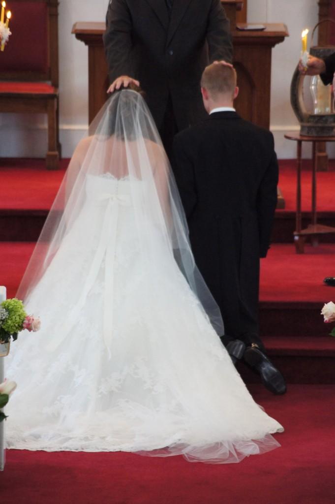 Nitsas-bridal-posey-1